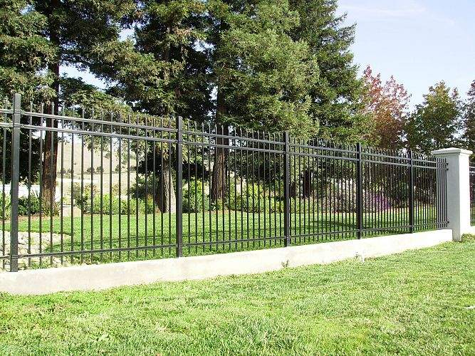 How To Choose The Best Security Fence For Home Defense